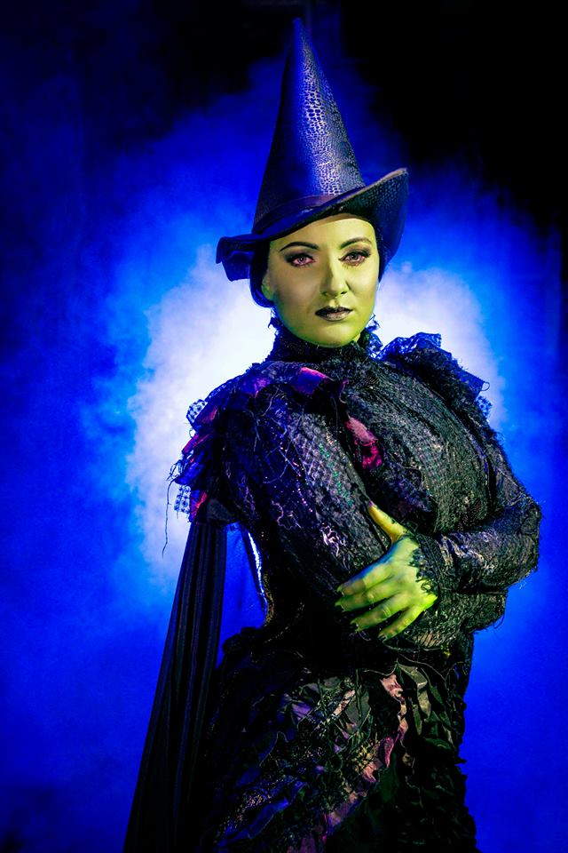 wicked-review-2.jpg